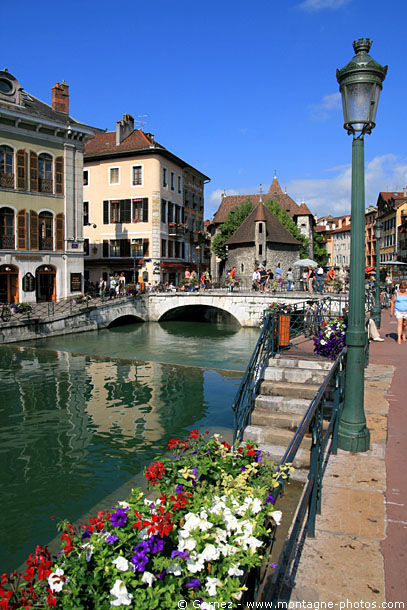 annecy_canal_1.jpg